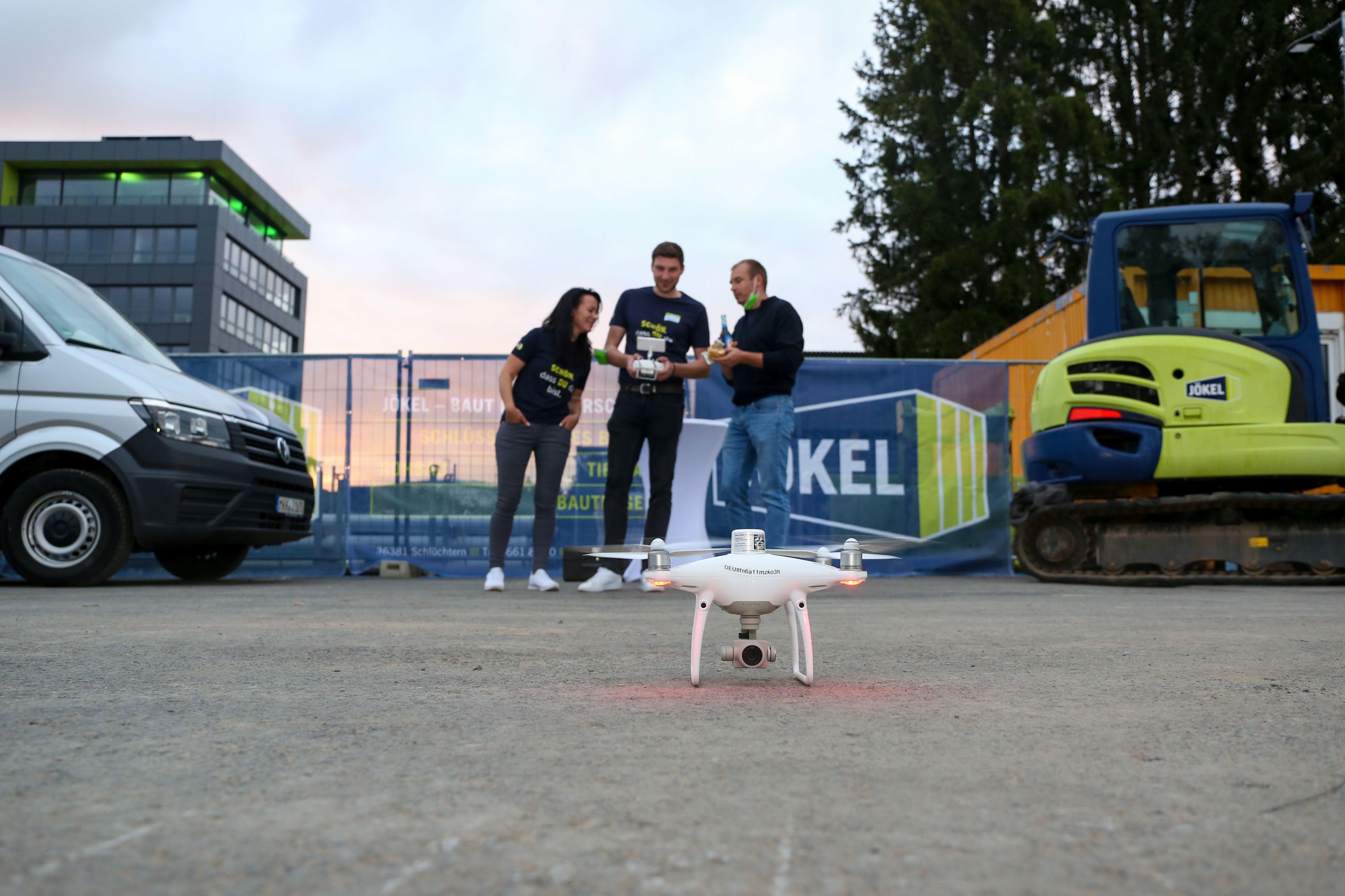 Jökel_Nacht der Ausbildung_Drohnenflug.jpg